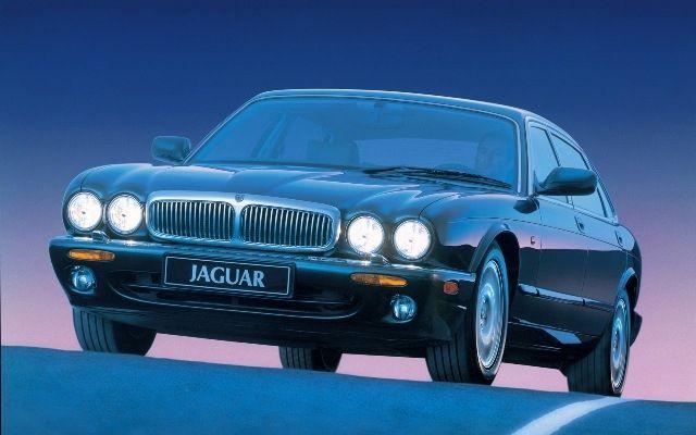 Front Lower Control Arm Bushing For 1988-1997 Jaguar XJ6 1995 1996 1990 V839FC